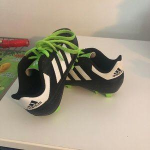 Like New Soccer cleats